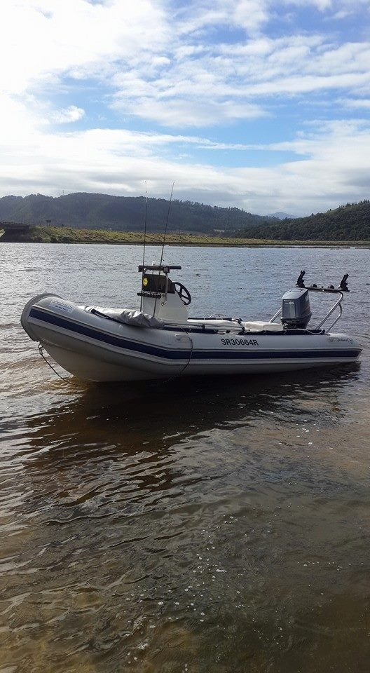 Rubber duck to hire Knysna lagoon